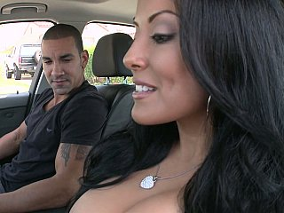 Hot MILF Kiara Marie on a knob
